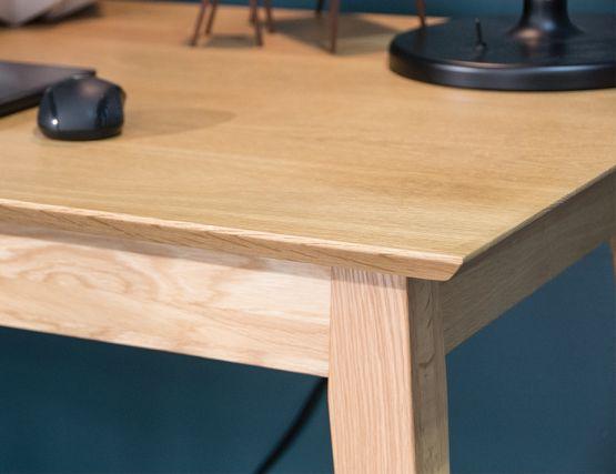 Desk_Solid_oak_modern