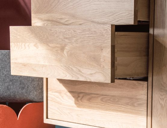 Oak_Drawers_European