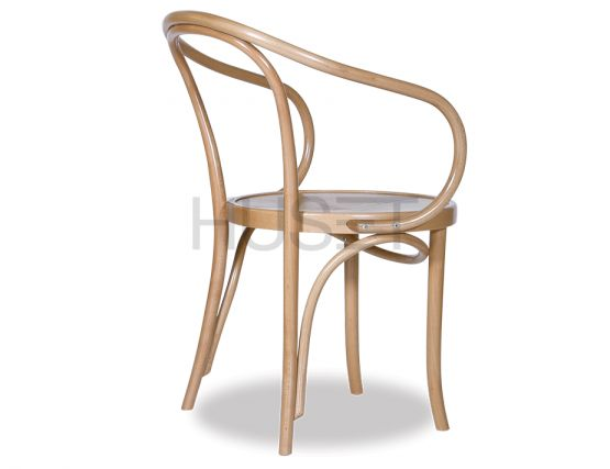 Natural_Cava_Bentwood_Armchair_LeCorbusier
