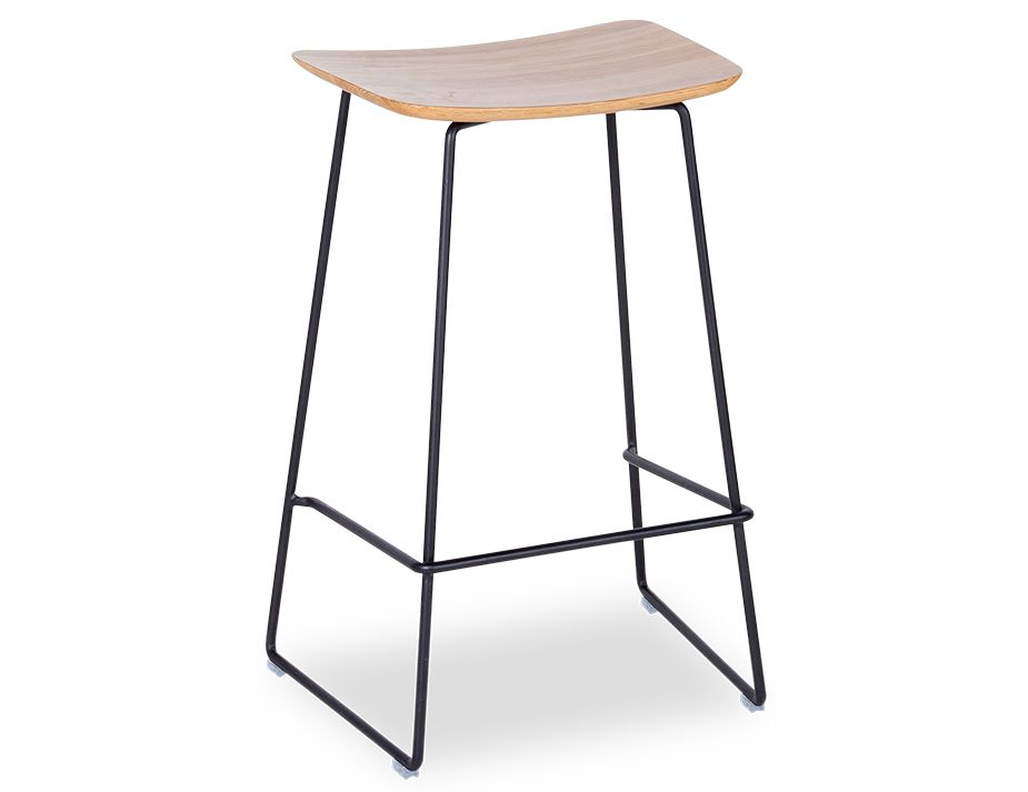 Winnie_Stool_0028_Winnie_black 3