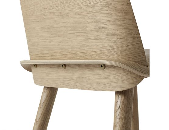 Nerd Chair Muuto_0002_Nerd_oak_back_detail_0000