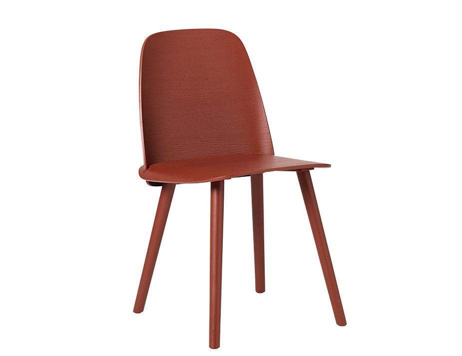 Nerd Chair Muuto_0018_Nerd_woodbase_dark_red_0050 2