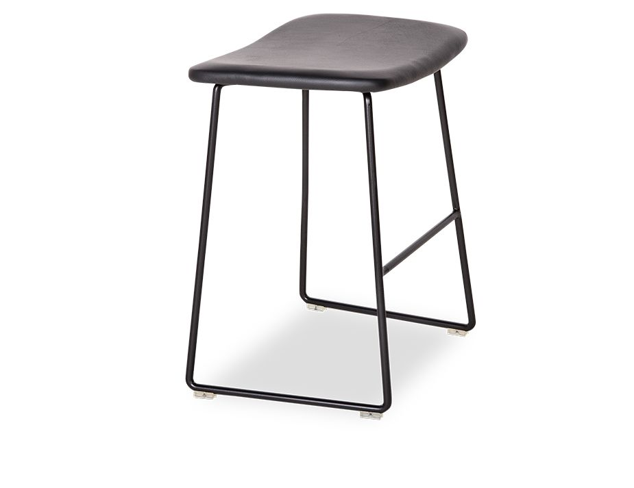 Winnie_Stool_0005_Winnie_low_stool (19)