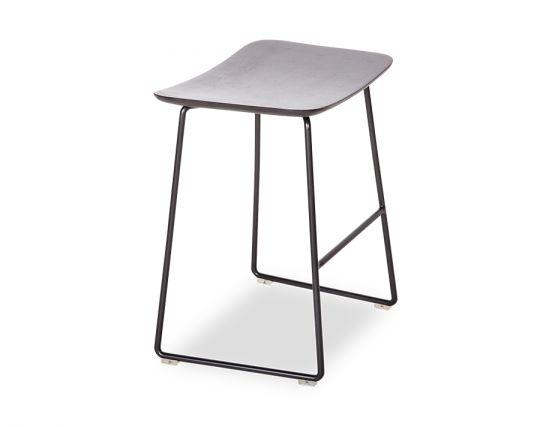 Winnie_Stool_0002_Winnie_low_stool (22)