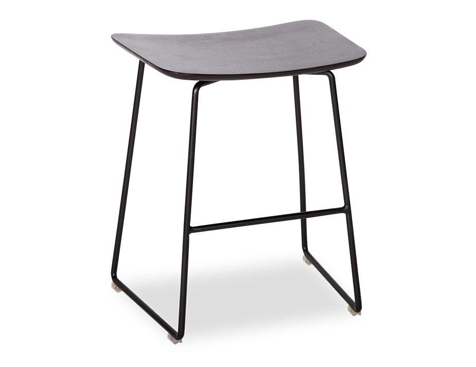 Winnie_Stool_0004_Winnie_low_stool (20)
