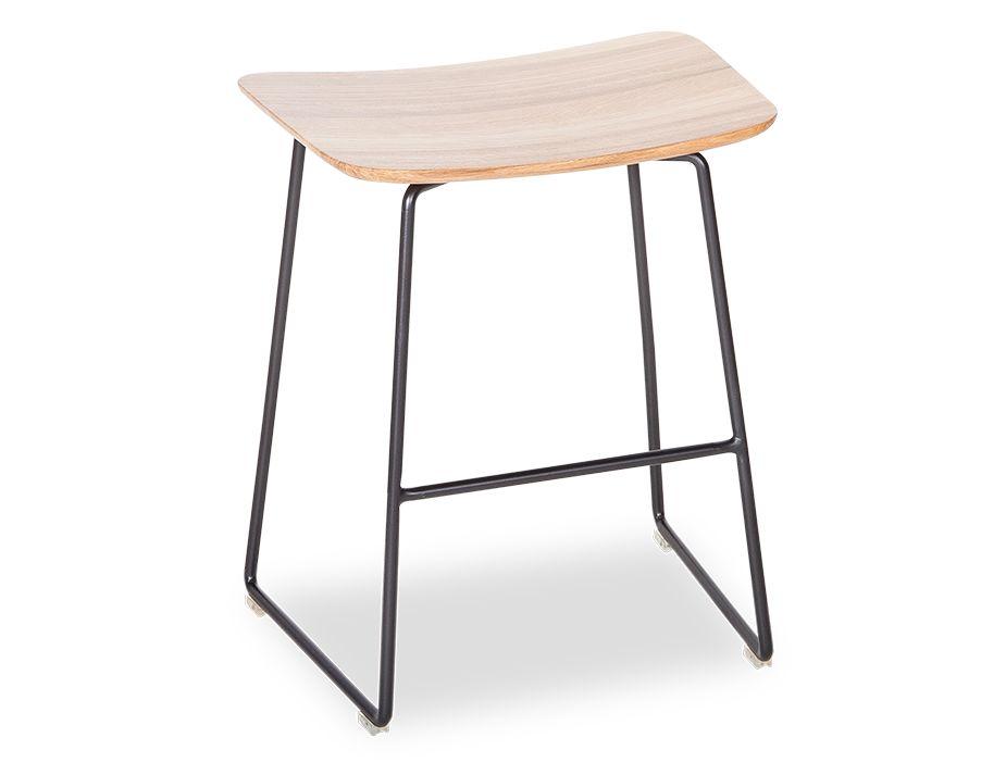Winnie_Stool_0001_Winnie_low_stool (23)