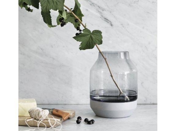 Elevated Vase Grey