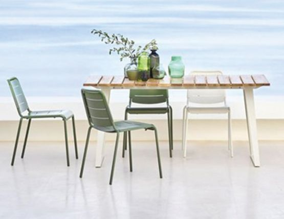 Copenhagen Teak Table With Olive City Chairs