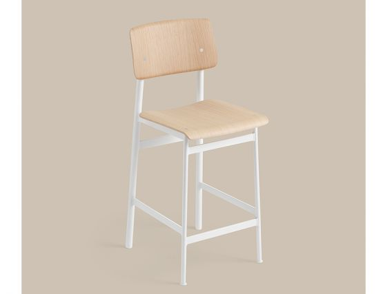 Loft Stool_0017_Loft Bar Stool 65 White Oak Muuto 5000x5000 CB Hi Res