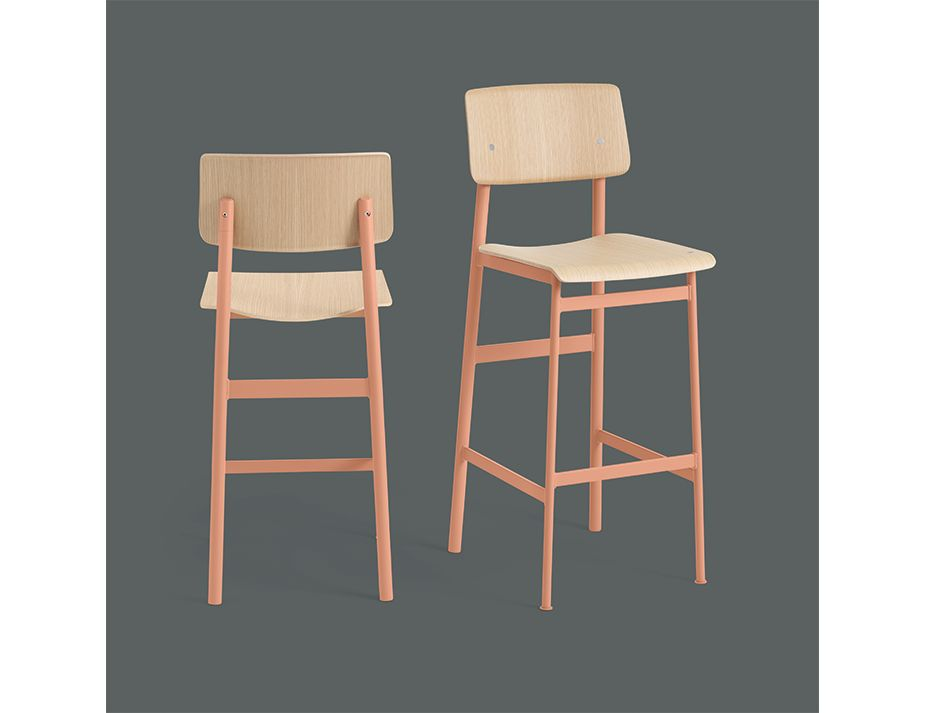 Loft Stool_0000_Loft Bar Stool Group Dusty Rose Oak Muuto 5000x5000 CB Hi Res