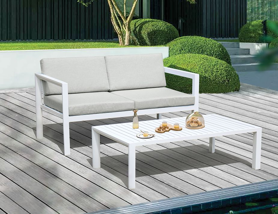White Sofa For Outdoor