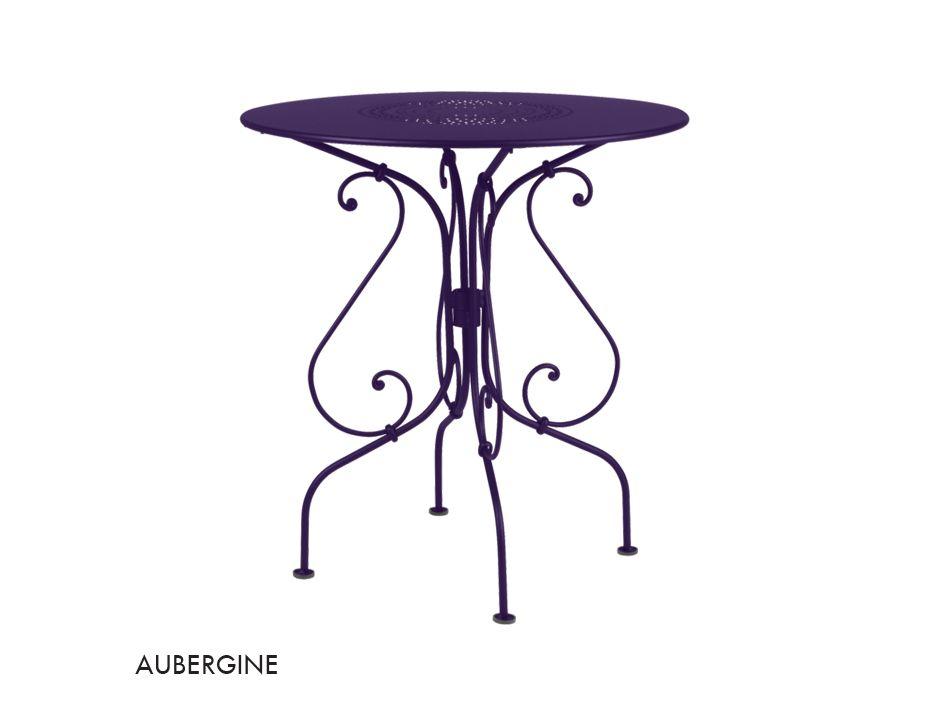 1900 67 Table Aubergine