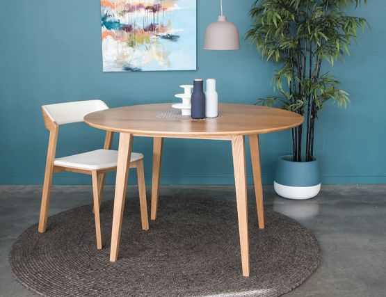 Solid Oak Modern Round Dining Table For 6